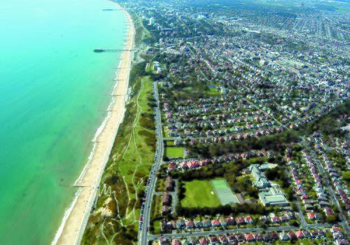 Vista aérea Bournemouth Collegiate